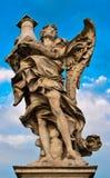 天使贝尔尼尼的大理石象  免版税库存图片