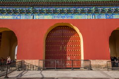 天坛的寺庙门在北京 免版税库存图片