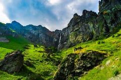 天堂在Stara Planina山下跌 免版税库存照片