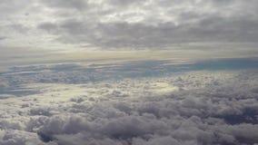 天堂天堂云彩飞行上面,美丽的景色积云,飞行 股票视频
