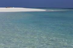 天堂海岛在海洋 绿松石水和佛青色sk 免版税图库摄影