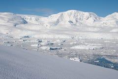 天堂海湾在南极洲 免版税库存照片