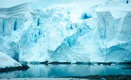天堂海湾,南极洲海岸线  免版税库存图片