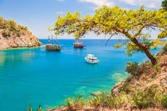 `天堂海湾`用在凯梅尔,土耳其附近的绿松石水 库存图片