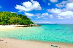 天堂海滩在酸值maiton海岛,普吉岛,泰国 免版税库存照片