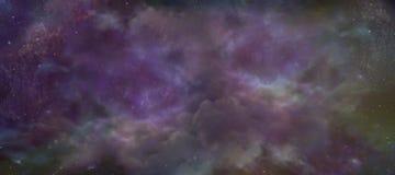 天堂般的夜空背景 免版税库存图片