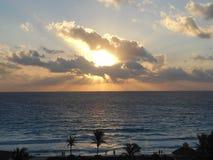 天堂般的日出在墨西哥 免版税库存照片