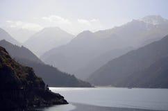 天山天池 库存照片