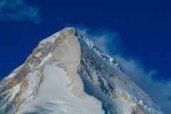 天山高处雪山风景 免版税图库摄影