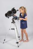 天文学家小心地记录了在纸片的观察 图库摄影