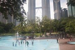 天然碱塔在吉隆坡,马来西亚 库存图片