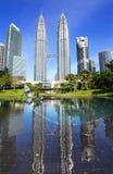 天然碱耸立孪生 吉隆坡,马来西亚 免版税库存图片