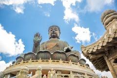 天狮Tan菩萨,大Budda,极大的天狮宝莲寺的Tan菩萨在香港 免版税库存照片