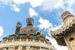 天狮Tan菩萨,大Budda,极大的天狮宝莲寺的Tan菩萨在香港 库存照片