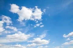 天空云彩、天空与云彩和太阳 免版税库存照片