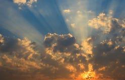 天空和云彩。 免版税库存照片