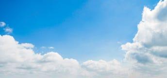 天空和云彩天夏天 免版税图库摄影