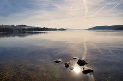 反射在湖Windermere 免版税图库摄影
