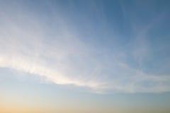 天空和云彩,软的焦点 免版税图库摄影