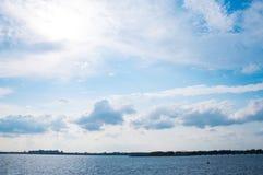 天空和哈得逊河 图库摄影
