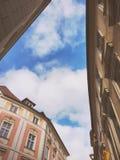 天空和大厦 免版税图库摄影