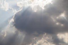 天空和射线 免版税库存照片