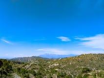 天空和山 库存图片