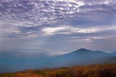 天空和显示的盖子moutain 库存图片
