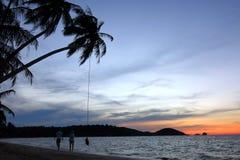天空和海滩在晚上 图库摄影