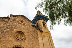 天空和老大厦的上面在Valdemossa,马略卡侧视图 西班牙 库存图片