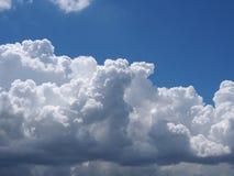 天空在晴天 免版税库存照片