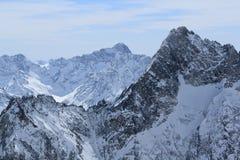 天空地区, Hils的全景,列斯Deux Alpes,法国,法语 免版税库存图片