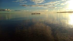 天空海湖自然安静susnset 库存照片