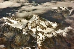 从天空的山 免版税库存图片