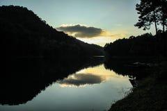 天空的湖 库存照片