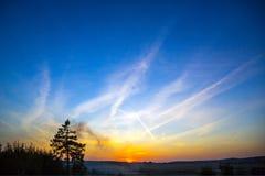 天空的颜色在日落的 免版税库存图片
