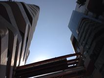 天空视图在镇 免版税图库摄影