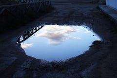 天空水坑 库存照片