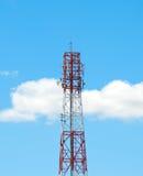 天线背景蓝色移动天空塔 免版税库存图片