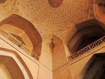天花板和游廊由阿里Qappu伊斯法罕宫殿入口 库存照片