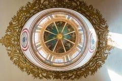 天花板在圣玛丽大教堂里在塔拉贡纳,西班牙 图库摄影