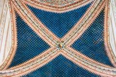 天花板在Basilica di圣芝诺在维罗纳市 免版税库存照片
