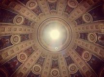 天花板在Marmor教会里在哥本哈根,丹麦 免版税库存照片