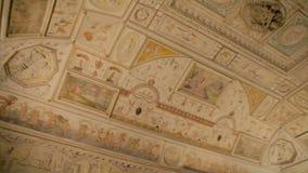 天花板壁画在Castel Sant'Angelo在罗马,意大利 股票视频