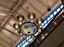 天花板建筑学和照明设备 库存图片
