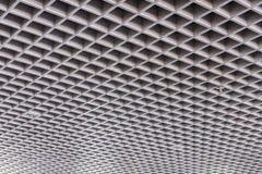 天花板现代大厦的屋顶结构 库存图片