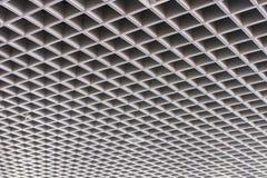 天花板现代大厦的屋顶结构 免版税库存照片