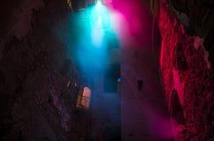 从天花板的五颜六色的光 库存图片