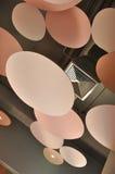 天花板设计装饰并且包括通风系统 免版税库存图片