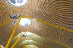 天花板结构,巴拉哈斯机场,马德里 免版税图库摄影